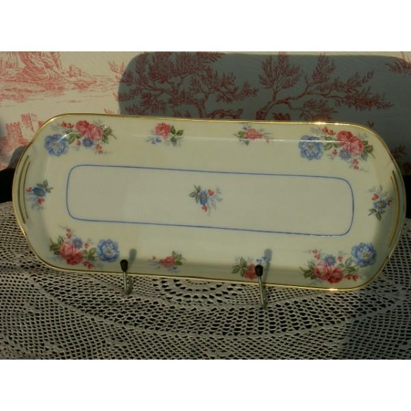 plat cake en porcelaine de limoges ann es 30 brocante lestrouvaillesdecaroline. Black Bedroom Furniture Sets. Home Design Ideas