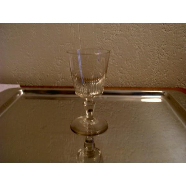 verre a vin ancien. Black Bedroom Furniture Sets. Home Design Ideas