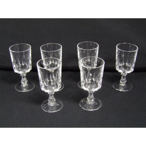S rie de 6 verres liqueur cristal d 39 arques mod le louvre brocante lestrouvaillesdecaroline - Verre cristal d arc ...
