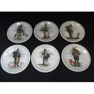 Série de 6 assiettes à dessert en porcelaine