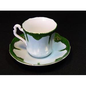 Tasse et sous-tasse anciennes en porcelaine Carl Tielsch N°3