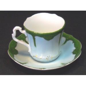 Tasse et sous-tasse anciennes en porcelaine Carl Tielsch N°1
