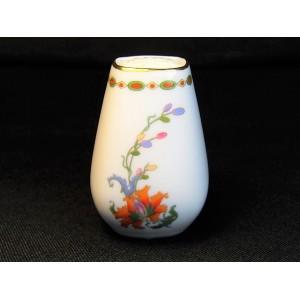 Salière en porcelaine décor vieux Chine