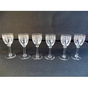 Série de 6 Verres à liqueur en cristal de Baccarat fin XIXème