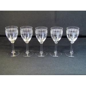 Série de 5 verres à Porto en cristal de Baccarat fin XIXème