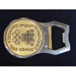 Décapsuleur en métal doré Canard Duchêne JO 1968