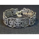 Articulated bracelet object of worship