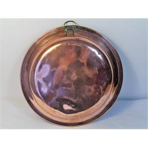plat ancien en cuivre étamé