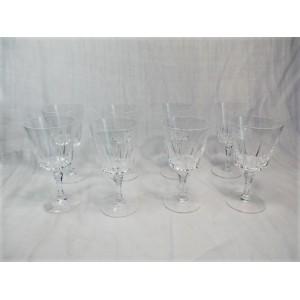 Ensemble de 8 verres à vin cristal d'Arques modèle Versailles