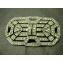 Broche en métal argenté et chromé avec strass style art déco
