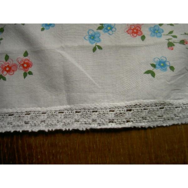 mouchoir coton fleurs imprim es bord de dentelle au crochet brocante lestrouvaillesdecaroline. Black Bedroom Furniture Sets. Home Design Ideas