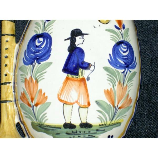 Bouqueti re murale en fa ence de quimper brocante for Decoration murale quimper