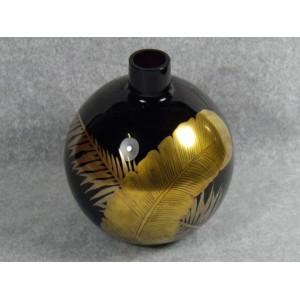 Vase boule en verre pourpre signé Delvaux Paris