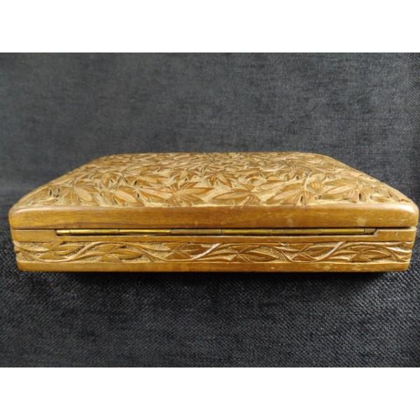Coffret en bois couvercle sculpt brocante lestrouvaillesdecaroline - Rosace en bois sculpte ...