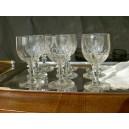 Ensemble de 9 verres à pied pour vin cuit anciens